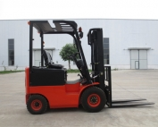 1.5-1.8tons Electric Forklift Truck